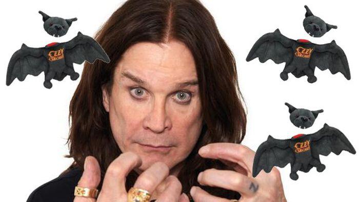 """OZZY """"Quiero celebrar los 37 años desde que mordí el murciélago""""."""