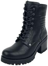 Botas negras con tacón