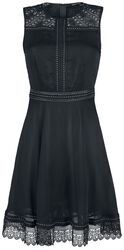 Vestido negro con remaches y encaje