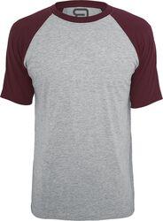 - Camiseta gris jaspeada con mangas burdeos