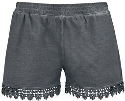 Pantalón corto con encaje